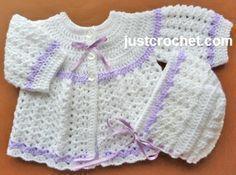 Free baby crochet pattern for coat and bonnet set http://www.justcrochet.com/coat-bonnet-usa.html #justcrochet #patternsforcrochet