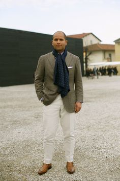 At Pitti Uomo……Lite Colored Pants « The Sartorialist