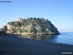 Tropea, Madonna dell'Isola a dicembre semplicemente meravigliosa! Ph. Salvatore Martilotti
