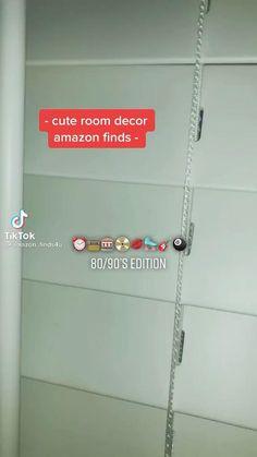 Indie Room Decor, Cute Bedroom Decor, Room Design Bedroom, Room Ideas Bedroom, Small Room Bedroom, Retro Room, Room Planning, Aesthetic Room Decor, Cool Rooms