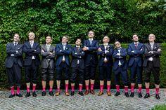 Alle Männer tragen pinke Socken #Bräutigam #Groom