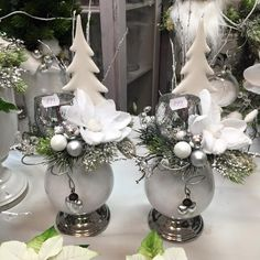 In this DIY tutorial, we will show you how to make Christmas decorations for your home. The video consists of 23 Christmas craft ideas. Christmas Vases, Christmas World, Christmas Centerpieces, Winter Christmas, Christmas Home, Christmas Crafts, Christmas Decorations, Christmas Topiary, Christmas 2019
