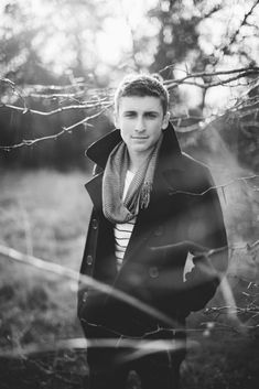 Senior picture ideas for guys - bing images photography pics, digital photography, hobbies, Winter Senior Pictures, Male Senior Pictures, Senior Photos, Senior Session, Winter Photos, Photography Pics, Winter Photography, Digital Photography, Picture Poses