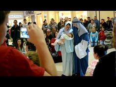 CHRISTMAS FLASH MOB AT THE SOUTH BAY MALL - YouTube