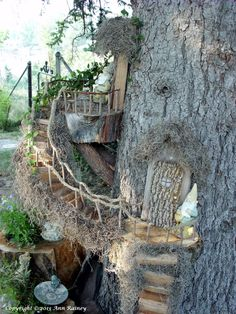20 Best Magical DIY Fairy Garden Ideas DIY fairy garden ideas magical is part of Fairy garden diy - Fairy Tree Houses, Fairy Village, Cool Tree Houses, Fairy Doors On Trees, Fairy Garden Houses, Gnome Garden, Garden Art, Garden Drawing, Rusty Garden