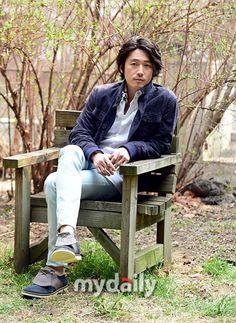 """チャン・ヒョク「『愛の棘』は""""愛とは何でしょうか""""と問いかける映画」 - category.interview - 韓流・韓国芸能ニュースはKstyle Asian Celebrities, Asian Actors, Korean Actors, Deep Rooted Tree, Jang Hyuk, My Destiny, Father And Son, South Korea, Rapper"""