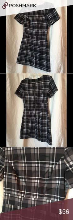 Classic black/grey plaid dress! Stylish & simple Great looking and go from office to happy hour! A must have for your closet! A UK 10 so US 6 French Connection Dresses Midi