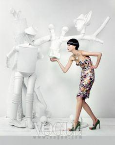 The Look: Oz - Vogue Korea 15 Years Editorial Art & Craft Photography by Hyea W. Fashion Shoot, Fashion Art, High Fashion, Vogue Editorial, Editorial Fashion, Fashion Photography Inspiration, Style Inspiration, South Korea Fashion, Vogue Photography