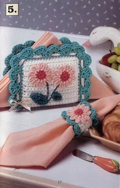 Image detail for -cottage kitchen crochet patterns napkin holder . Crochet Stitches Patterns, Crochet Designs, Crochet Decoration, Crochet Potholders, Crochet Kitchen, Crochet Gifts, Craft Fairs, Crochet Projects, Creations