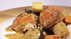 Colombo de poulet avec Cookeo - Plat et recette Here is one of the most popular and easy to prepare recipes, chicken colombo with Cookeo. Dish made with chicken breast and vegetables, a delight! Stew, Pork, Nutrition, Dishes, Meat, Chicken, Vegetables, Healthy, Recipes