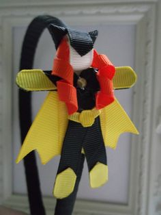 Batgirl Ribbon Sculpture Headband. Batgirl por creationslove, $7.00