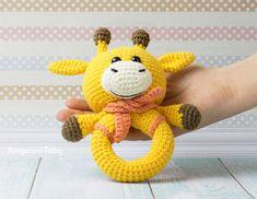 Amigurumi giraffe baby rattle - Free crochet pattern