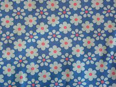 daisies (Niesz Vintage Fabric)