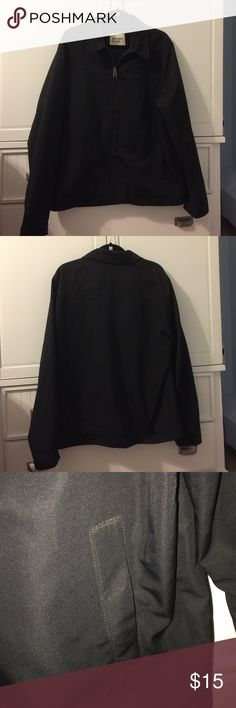 """Old Navy Windbreaker Black windbreaker with 2 front pockets and zip up front . 28""""shoulder to bottom. 23.5 """" armpit to armpit. Old Navy Jackets & Coats Windbreakers"""