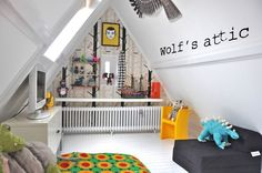Modern attic kid's bedroom...doesn't work with roof trusses unfortunately, but maybe the next house...