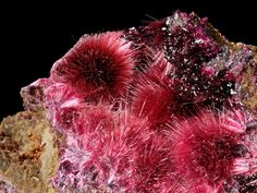 Erythrite and Roselite