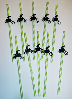10 Straws with Dirt Bike designs attached Lime green paper straws A great item for he party during or add them to gift bags. Perfect for the one that loves dirt biking! You can find other dirt biking items in my store to create an entire event package. Dirt Bike Birthday, Bike Birthday Parties, Dirt Bike Party, Dirt Bike Racing, Racing Motorcycles, Man Birthday, Dirt Biking, Motorcycle Birthday, Fourth Birthday