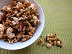 A childhood favourite snack, but the UnDiet version of this tasty snack. Crunch down on this healthy Cracker Jacks recipe. Rice Cake Snacks, Rice Cakes, Yummy Snacks, Healthy Cookies, Healthy Treats, Healthy Eating, Vegan Treats, Healthy Crackers, Dairy Free Snacks