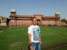 Travelicious Holiday's at Agra Fort during summer