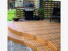 Curved Deck - Home and Garden Design Ideas (Curved Porch Step) Patio Design, Garden Design, Deck Stairs, Composite Decking, Curved Decking, House With Porch, Pergola Plans, Pergola Kits, Pergola Ideas