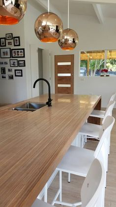One of the more popular renovations for many homes is a kitchen renovation. See these remodeling Kitchen ideas before you start your remodeling. Plywood Table, Plywood Furniture, Furniture Plans, Furniture Design, Plywood Art, Plywood Countertop, Plywood Kitchen, Timber Kitchen, Kitchen Decor