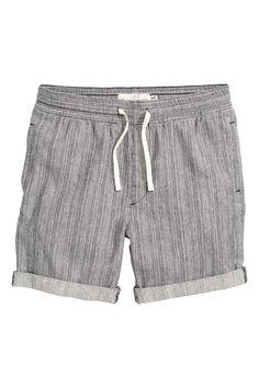 69 best Shorts images on Pinterest   Bermuda Shorts, Manish outfits ... 9ed7cefd5f