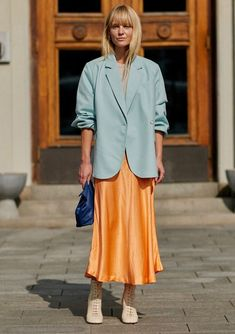 You don't have to pack away your favorite slip dress now that Labor Day has come and gone. Here are some street style-approved ways to rock the silhouette well into fall. Fashion Week, Look Fashion, Korean Fashion, Fashion Outfits, Fashion Tips, Fashion Trends, Classy Fashion, Japan Fashion, 80s Fashion