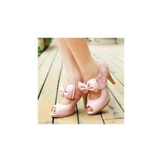 Bow Peep-Toe Pumps (1.130 RUB) ❤ liked on Polyvore featuring shoes, pumps, heels, footware, champagne pumps, peep toe shoes, high heel court shoes, peep toe platform pumps and high heel shoes