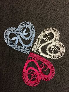 Freeform Crochet, Knit Crochet, Pin Weaving, Bobbin Lacemaking, Lace Heart, Lace Jewelry, Lace Making, Lace Detail, Crochet Earrings