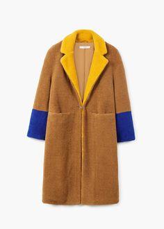 Contrast faux fur coat | MANGO