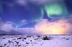 Aurores boréales - des aurores boréales visibles dans les régions situées à des latitudes proches des 70 degrés. Pour en voir en Islande, il faudra s'y rendre entre septembre et mars, puis attendre un ciel bien dégagé.
