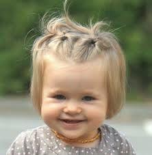 photo de coiffure simple bébé fille