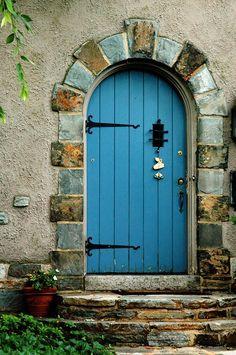 New Blue Door Front Entrance Window Ideas Cool Doors, The Doors, Unique Doors, Entrance Doors, Doorway, Windows And Doors, Garage Doors, Entrance Ideas, Porches