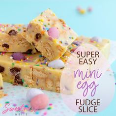 Easy Mini Egg Fudge Slice Mini Egg Fudge Slice is a fun and easy Easter treat. A simple recipe, with a smooth, creamy white chocolate and condensed milk fudge base, pastel mini eggs, crunchy cookie pi Mini Egg Recipes, Fudge Recipes, Easter Recipes, Easy Fudge Recipe Video, Fudge Recipe Condensed Milk, Recipes With Condensed Milk, Condensed Milk Cookies, Kid Desserts, Dessert Recipes