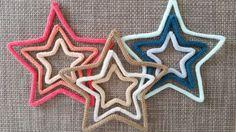 Trio d'étoiles en tricotin (divers coloris)