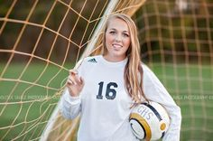 Senior Picture Ideas for Girls | Soccer | Click this link to ...