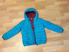 Prodám - Přechodová bunda Jaro Podzim, lokalita Klatovy. Cena 149,- Kč. Je moc pěkná, jen lehce vyteplená, vhodná na jaro nebo podzim.