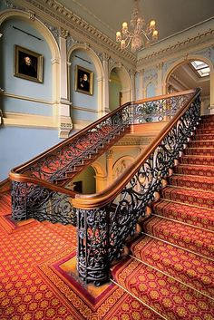 Double Staircase, Modern Staircase, Grand Staircase, Staircase Design, Luxury Staircase, Stair Design, Spiral Staircases, Beautiful Architecture, Art And Architecture