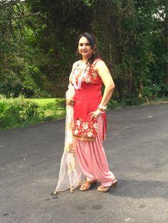 Punjabi Salwar Suits, Patiala Salwar, Shalwar Kameez, Sexy Little Black Dresses, Satin Saree, Satin Dresses, Indian Outfits, Contrast, Boho