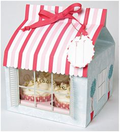 Patisserie Large Cupcake Boxes -- how fun would it be to get cupcakes in this box? Cupcake Packaging, Pretty Packaging, Gift Packaging, Packaging Design, Bakery Packaging, Custom Packaging, Porta Cupcake, Cupcake Boxes, Box Cake