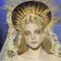 𝑯𝒐𝒖𝒔𝒆 𝑶𝒇 𝑯𝒆𝒍𝒍 — jean paul gaultier 2007 headpieces Jean Paul Gaultier, Paul Gaultier Spring, Teen Prom, Jessica Stam, Angel Aesthetic, Holiday Makeup, Models Makeup, Headpieces, Makeup Art