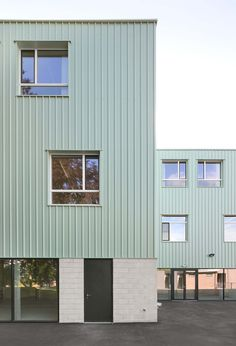 Mint green primary and secondary school in the Belgian town of Riemst