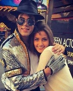 michael jackson impersonator nails the pop star s voice in amazing