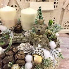 Adventi koszorúk és még sok más - Villa Majolika Centerpieces, Table Decorations, Easter Wreaths, Decoupage, Villa, Christmas, Corona, Xmas, Center Pieces