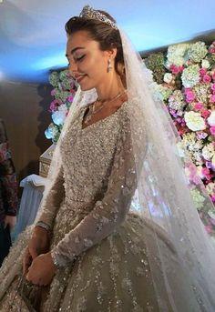 ¡Esta pareja rusa gastó un billón de dólares en su #boda!