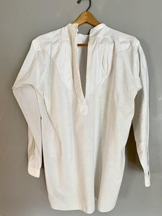 Business Formal Women, 1900s Fashion, My Fair Lady, Old Shirts, Collar Styles, Displaying Collections, Long Sleeve Shirts, Edwardian Era, Shirt Dress
