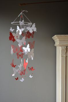 Custom order for Liliane --- Butterfly nursery mobile / baby mobile made from white and red card stock - Butterfly babyshower or baby gift door SierGoed op Etsy