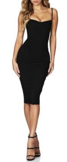 Black bodycon dress White Midi Dress, Black Bodycon Dress, Maxi Wrap Dress, Blue Spring Dresses, Most Beautiful Dresses, Bodycon Fashion, Dress Collection, Style Guides, Style Inspiration