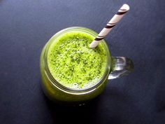 MON SMATCHA Smoothie Au Matcha, Sugar, Ethnic Recipes, Food, Soy Milk, Smoothie, Benefits Of Green Tea, Parsley, Eten