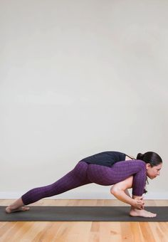 Some types of yoga involve sitting effortlessly and breathing calmly, but this sequence is the complete opposite! These poses are intense and all target your Deep Breathing Exercises, Yoga Breathing, Yoga Moves, Ashtanga Yoga, Yoga For Weight Loss, Yoga Tips, Yoga Benefits, Yoga Fashion, Yoga Sequences